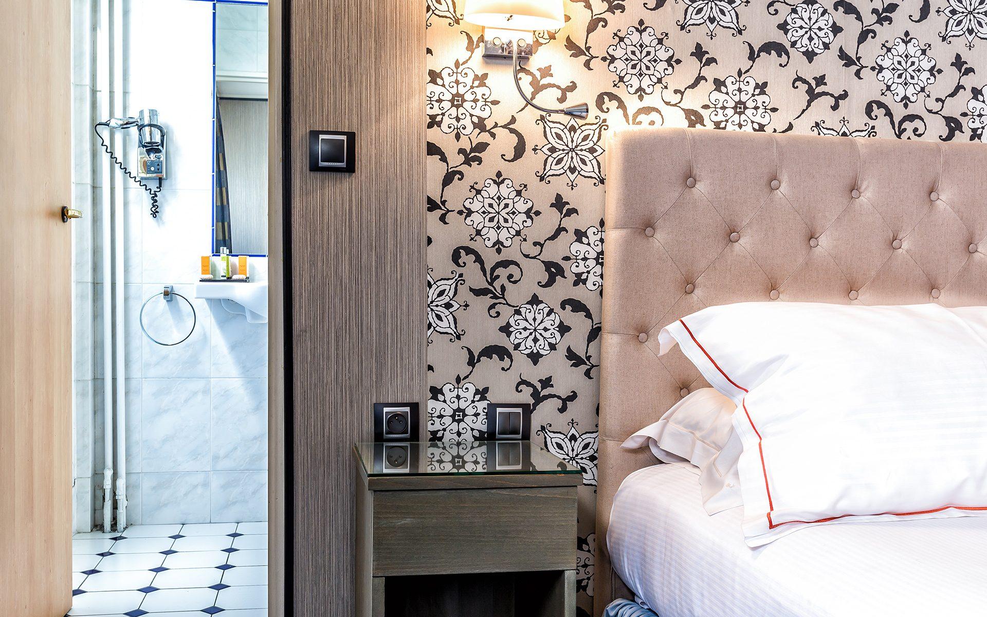 Hotel-Regence_Chambre302-5503-min